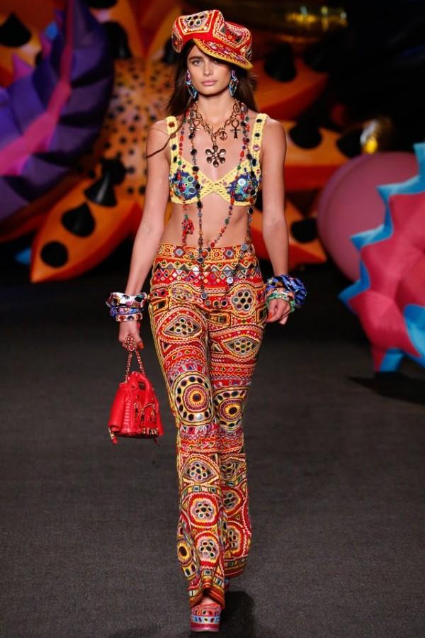 moschino-crochet-spring-bikini